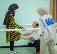 Weam Gets Her Leg Repaired in Gaza