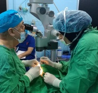 Arab Eye Surgery Mission Treats Refugees in Lebanon
