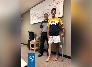 Injured Gaza Boy Gets New Leg