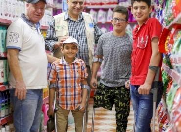 Gaza Amputees Get Food Relief