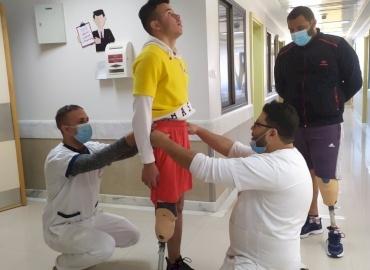 Mohammed Gets a New Leg