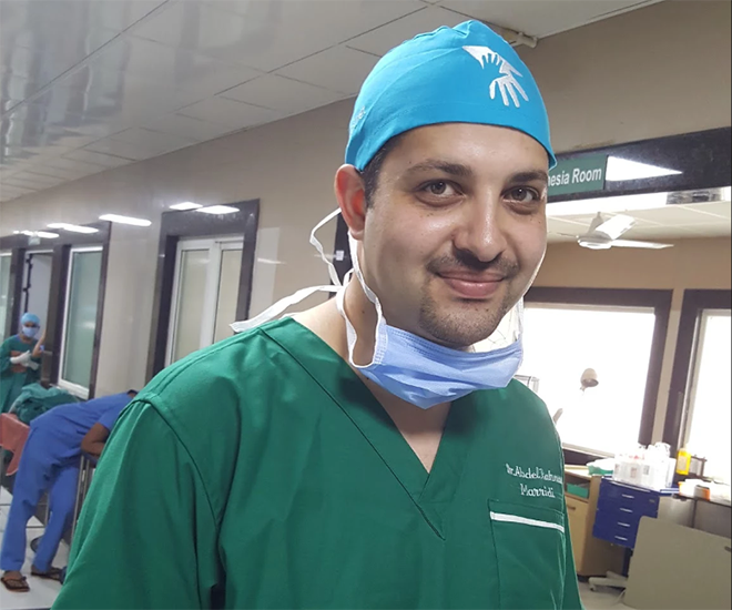 Palestinian Surgeon Starts Training in India