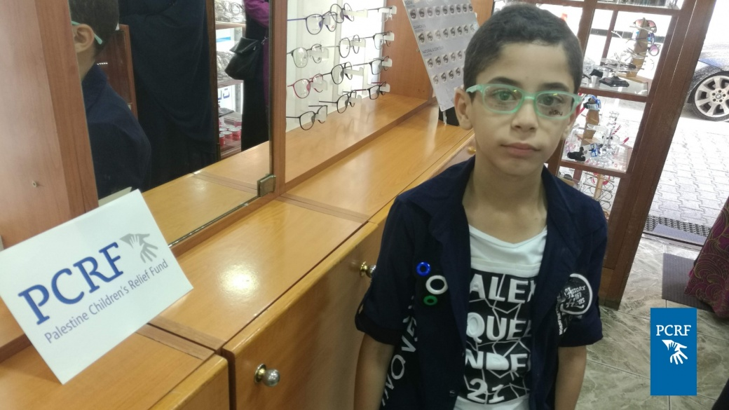 Refugees in Lebanon Get Eyeglasses